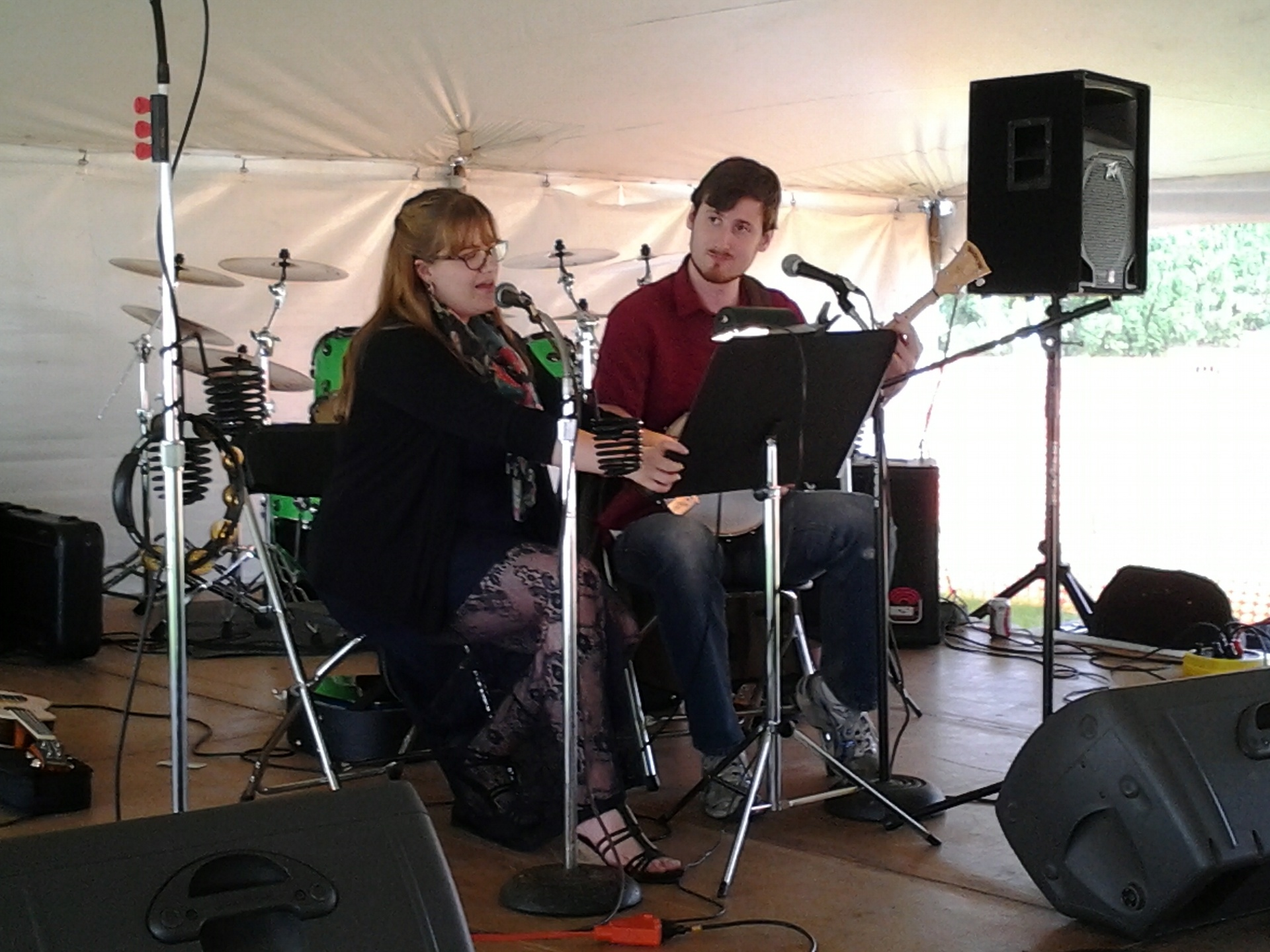 Live music in the tent on Saturday afternoon.